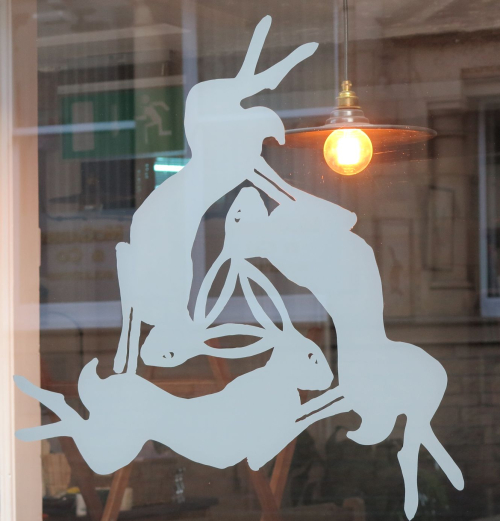 3hares